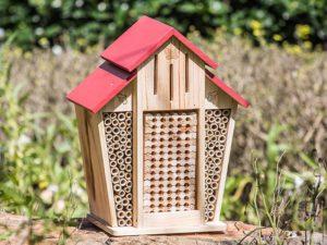 garden bee house
