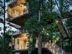 Explore This Stunning Treehouse and See Its Unbelievable Sustainable Features