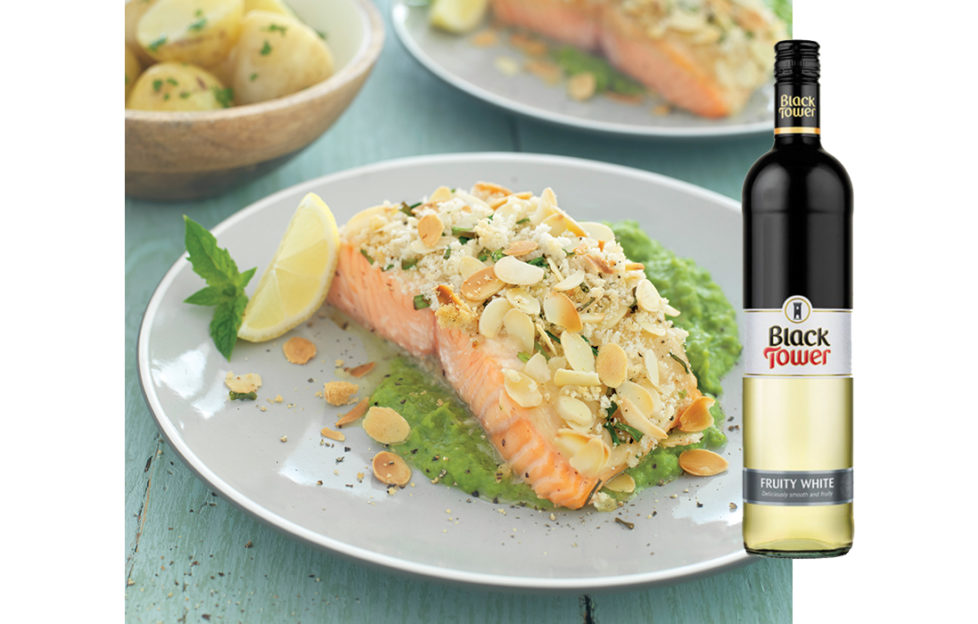 Salmon dish with fruity white wine
