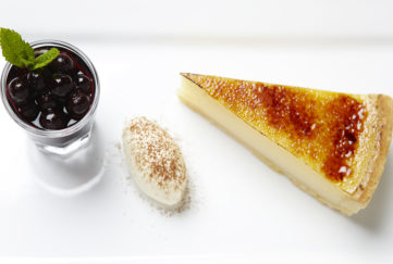 Lemon Tart and blackcurrant compote