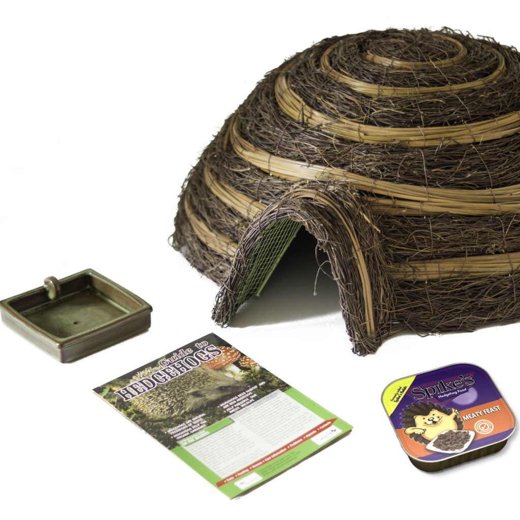 Hedgehog house - raffia dome with entrance - plus square dish and carton of food