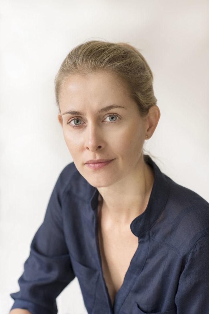 Dr Meg Arroll
