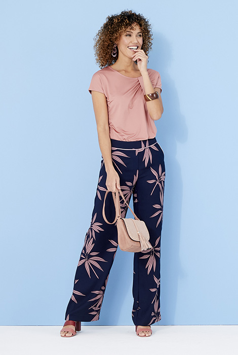 DAMART SS20 - SUMMER_02_032 - top £17, trousers £35. W902 and R314x