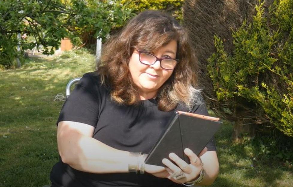 Author Jo Thomas