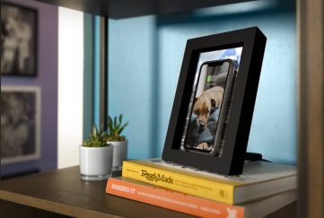 Picture frame phone charger