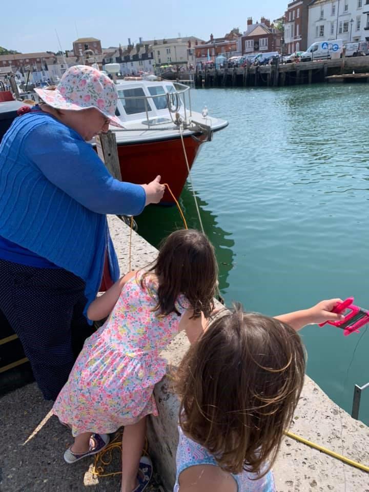 Julie Oakley and her granddaughters