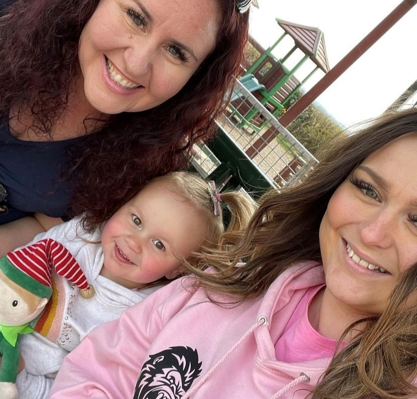 Zoe with her daughter and granddaughter