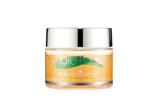 Avon Solutions Truly Radiant Overnight Retexturising Emulsion
