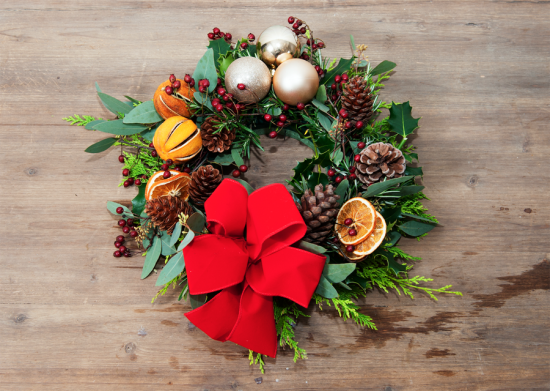 Lorraine Wood festive wreath how to guide