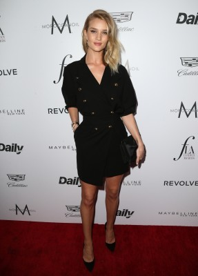 """WEST HOLLYWOOD, CA - MARCH 20: Model Rosie Huntington-Whiteley attends the Daily Front Row """"Fashion Los Angeles Awards"""" at Sunset Tower Hotel on March 20, 2016 in West Hollywood, California. (Photo by Frederick M. Brown/Getty Images)"""
