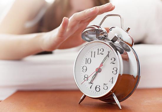 [url=http://www.istockphoto.com/search/lightbox/10984374][img]http://www.vela-photo.com/istock/val.jpg[/img][/url] One woman hitting the alarm clock. On the bedside table you see an alarm clock [url=http://www.istockphoto.com/search/portfolio/454906][img]http://bit.ly/18OpGAk[/img][/url]