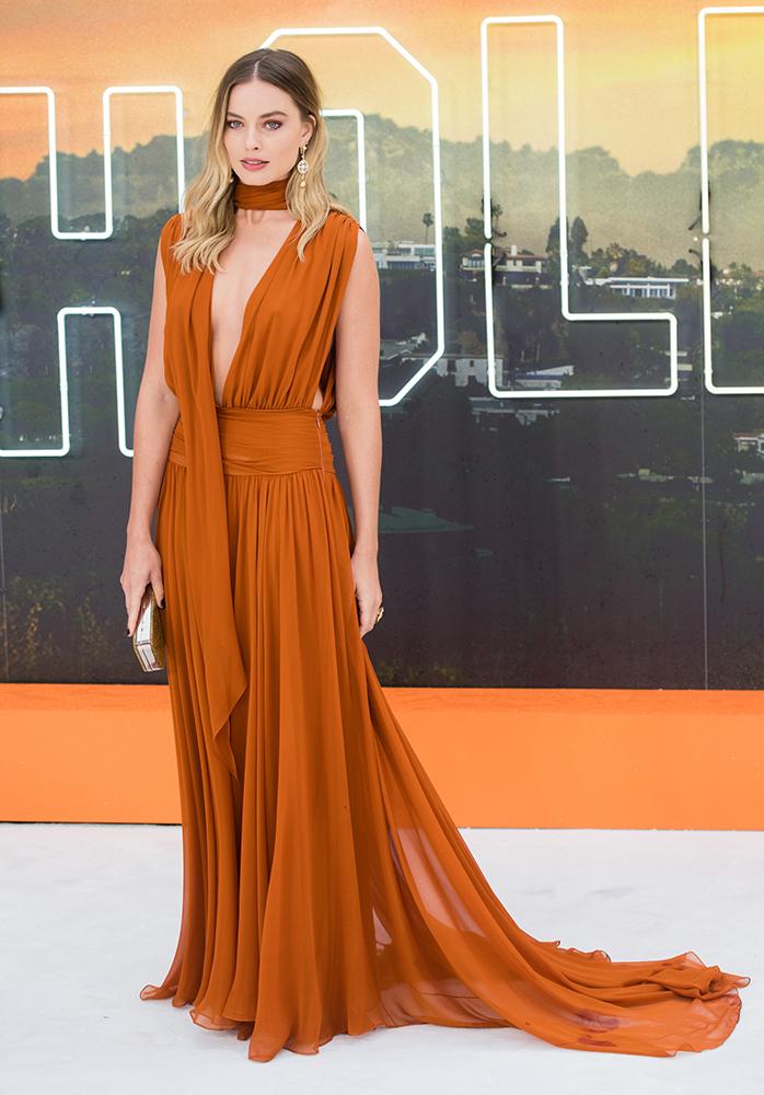 Margot Robbie wardrobe