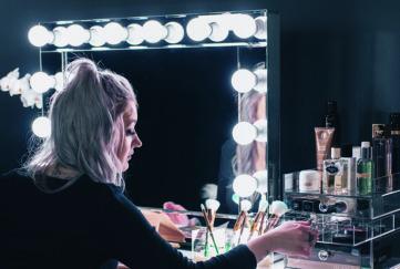 glam doll mirrors