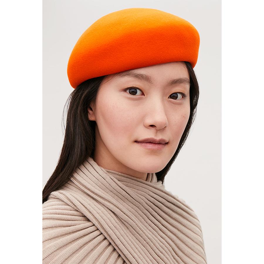 Cos orange beret