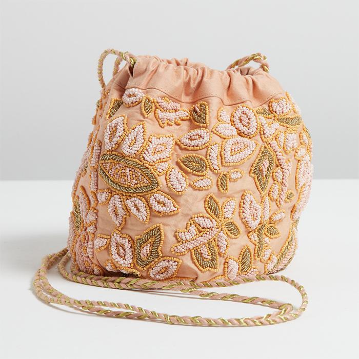 Bucket Bag Trend