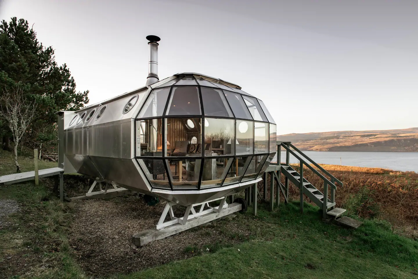Unusual Airbnbs Scotland AirShip