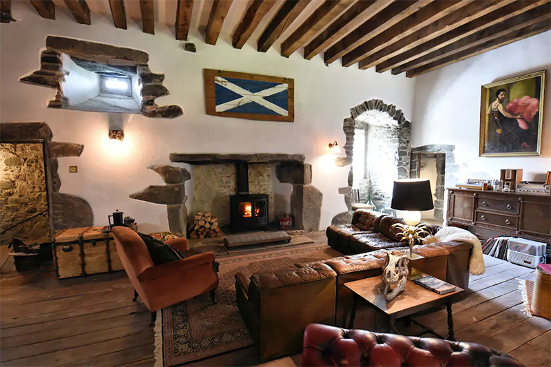 Unusual Airbnbs Scotland Kilmartin Castle