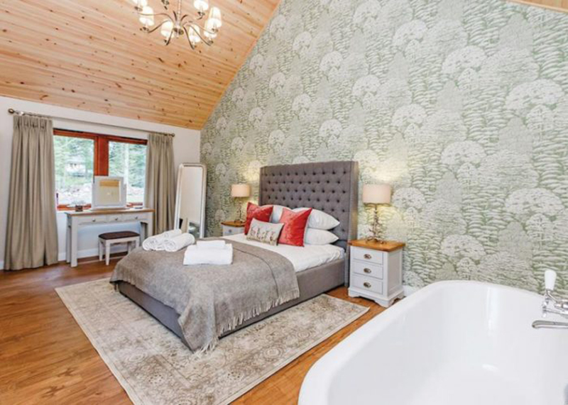 Byron Premier Spa Lodge at Piperdam