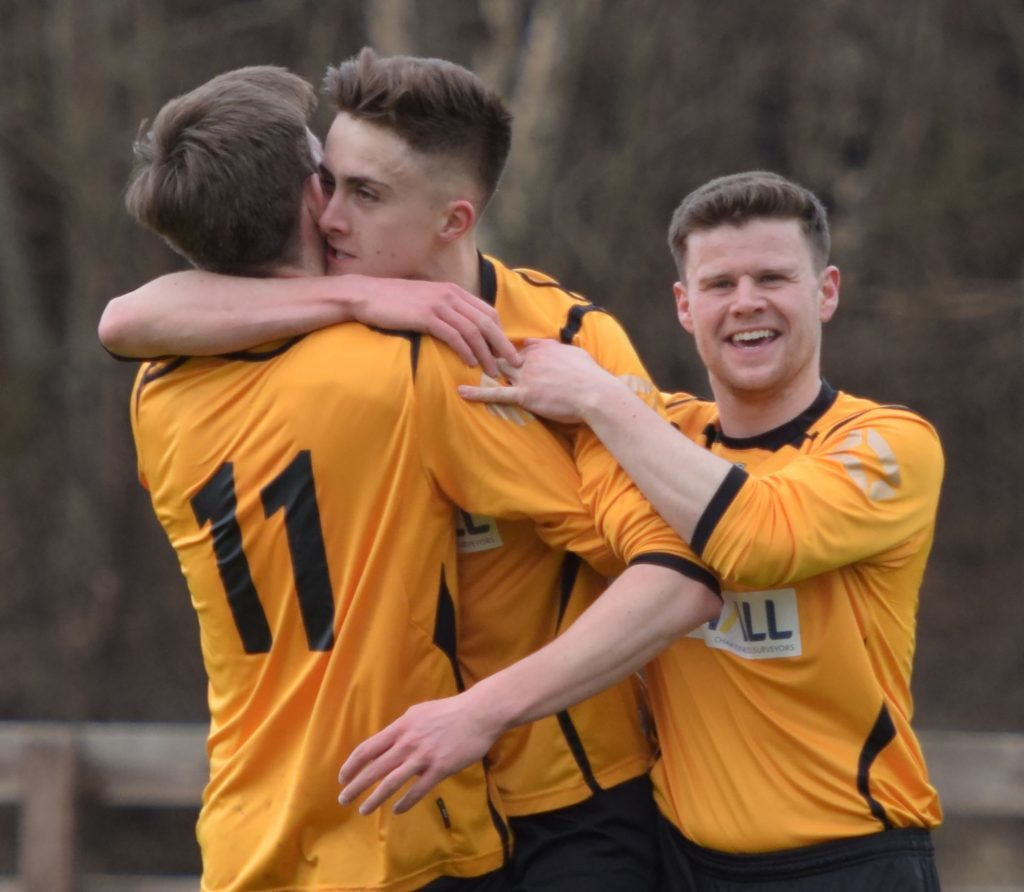 FORT FC V LOCOS 2/4/17 Hugs of celebration for Scottie Davidson after the first goal. PICTURE IAIN FERGUSON, THE WRITE IMAGE. F16football7noIF - Copy