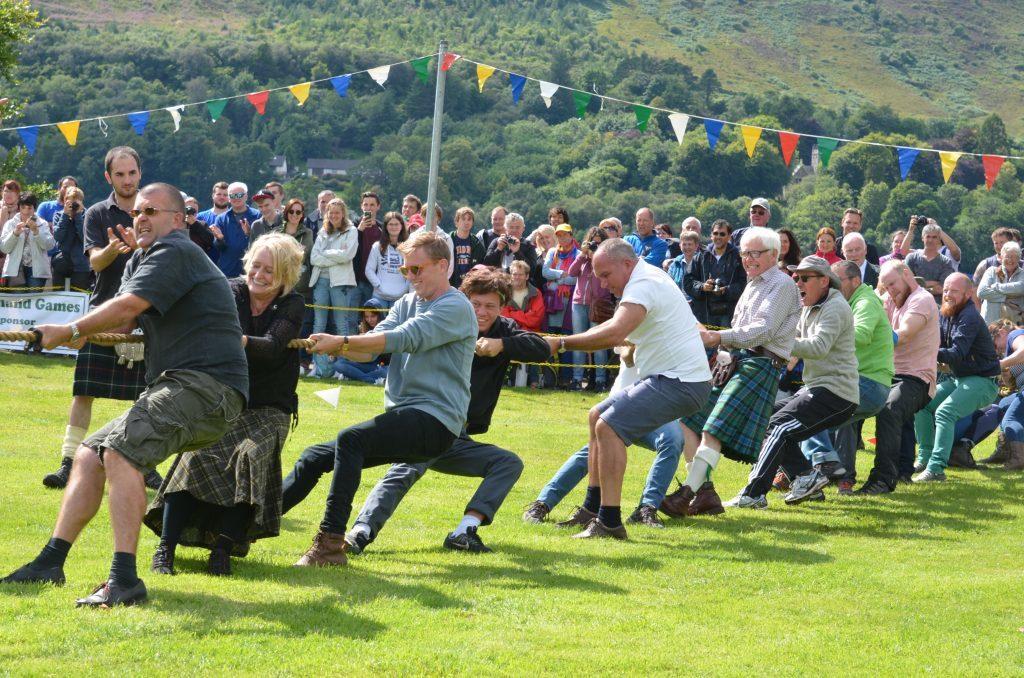 Spectators join in The Tug of War. F33 Skye Games 14NO. Photo: Sara Bain.