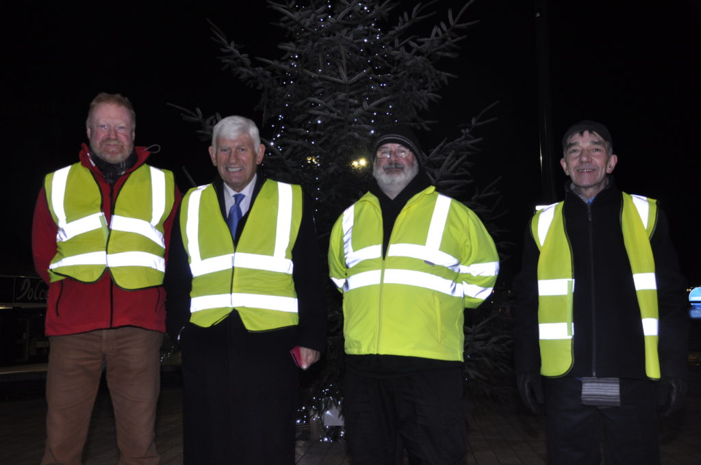 Volunteers from the Rotary Club of Oban ensured the parade ran smoothly. 17_T48_WinterFestivalSunday10