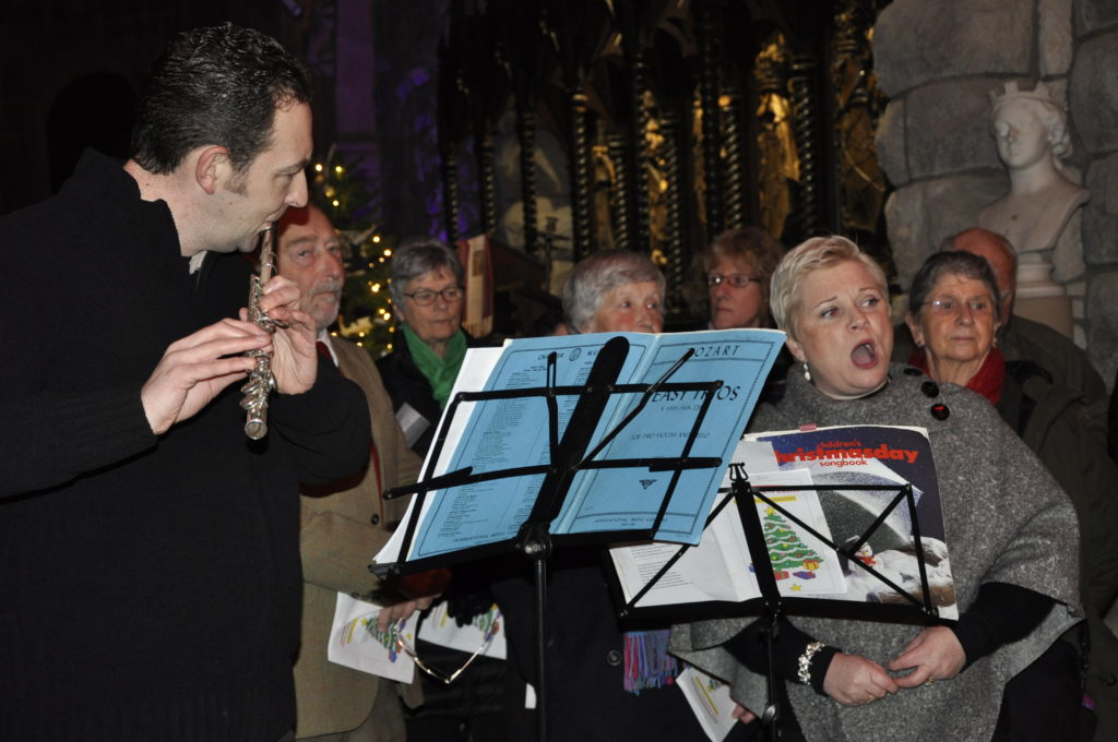 Music was provided by Oban Community Singers.