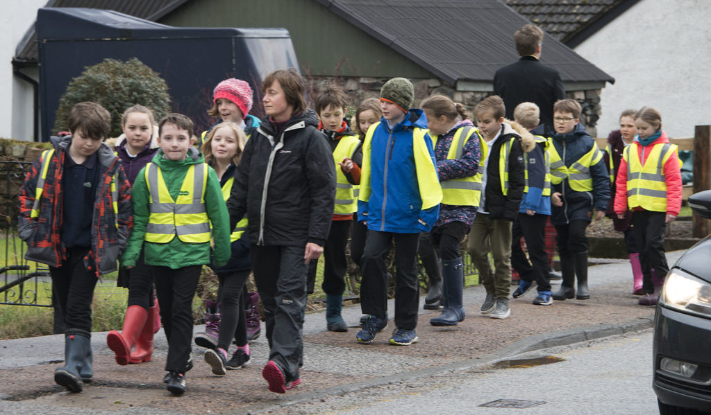 Pupils from Glencoe Primary School ignored the rain to take part in the event.  NO F08 Glencoe massacre commemoration 06
