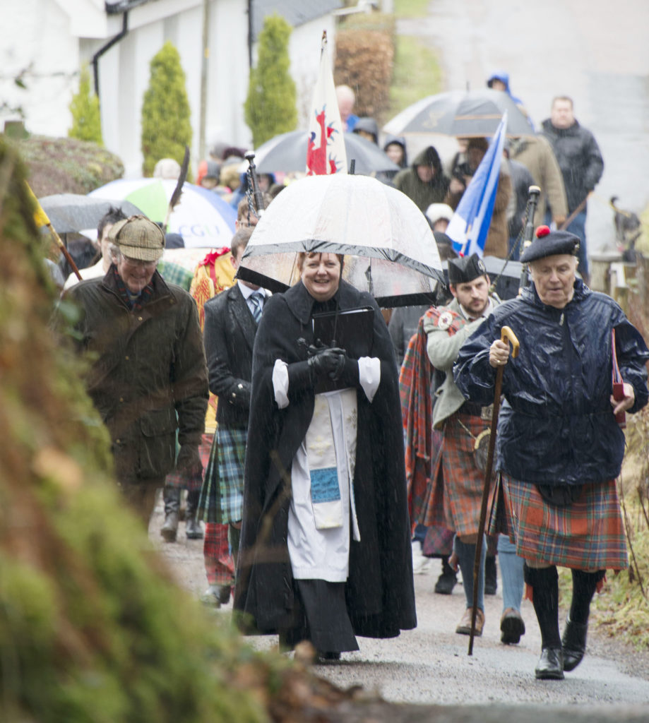 Rev Amanda Fairclough leads the way.  Picture Iain Ferguson.  NO F08 Glencoe massacre commemoration 09 alba.photos