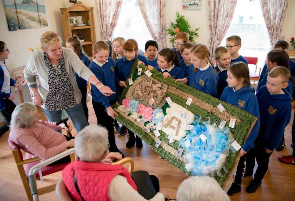 NO F12 Invernevis and Caol school stick weaving 06