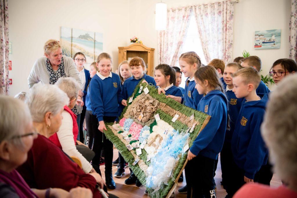 NO F12 Invernevis and Caol school stick weaving 08