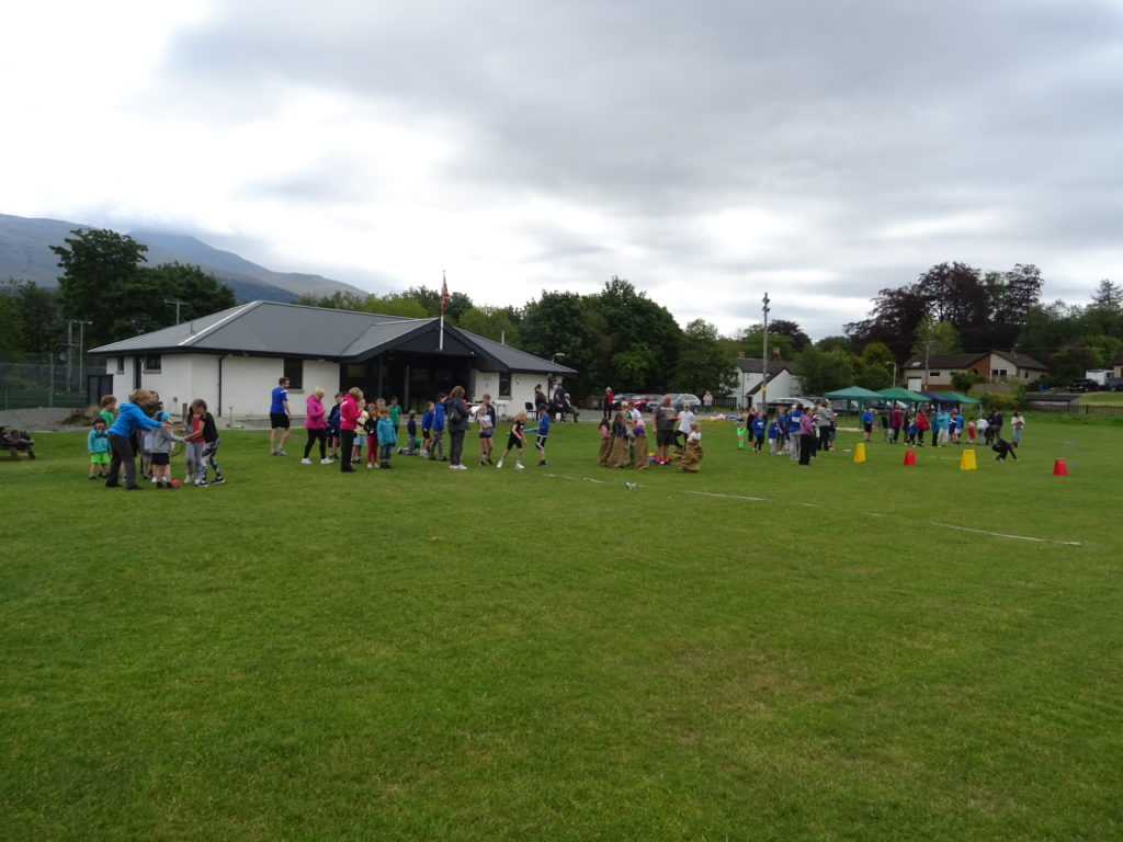The field was filled with Taynuilt primary pupils.
