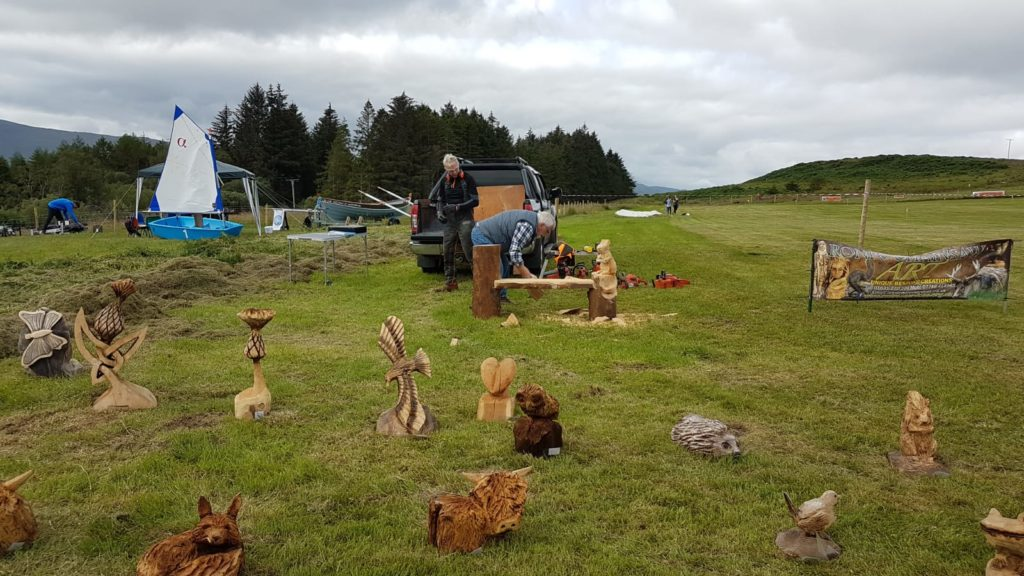 Chainsaw sculptures being created was part of the entertainment available.  NO F29 chainsaw sculpture