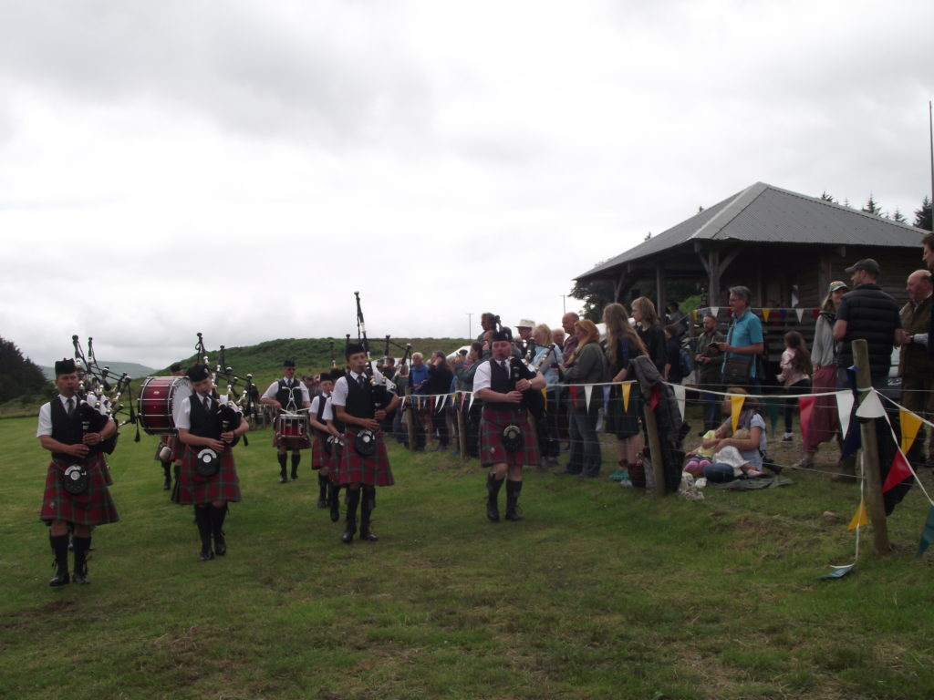 The pipe band entertained the crowd.  NO F29 pipe band