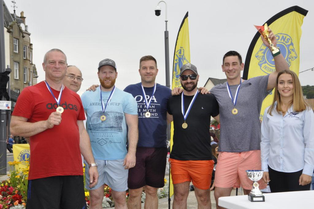 The winning team from Oban Distillery. 15_T35_RaftRace21