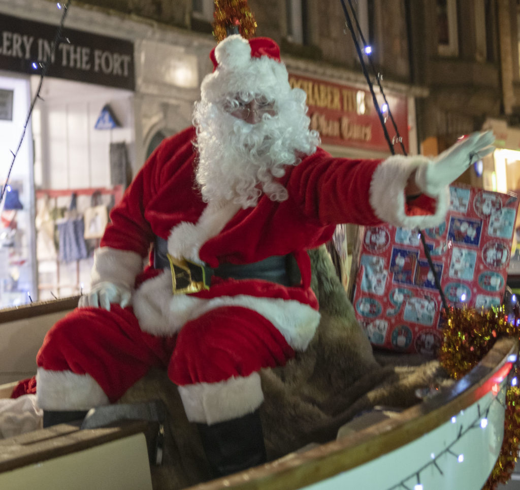 STREET FESTIVAL Santa in High Street. Photograph: Iain Ferguson, alba.photos
