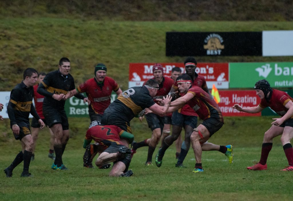 Breaking down the Glasgow side's defence was no easy matter. Photograph: Abrightside Photography.  NO F50 LRFC V GUM 6