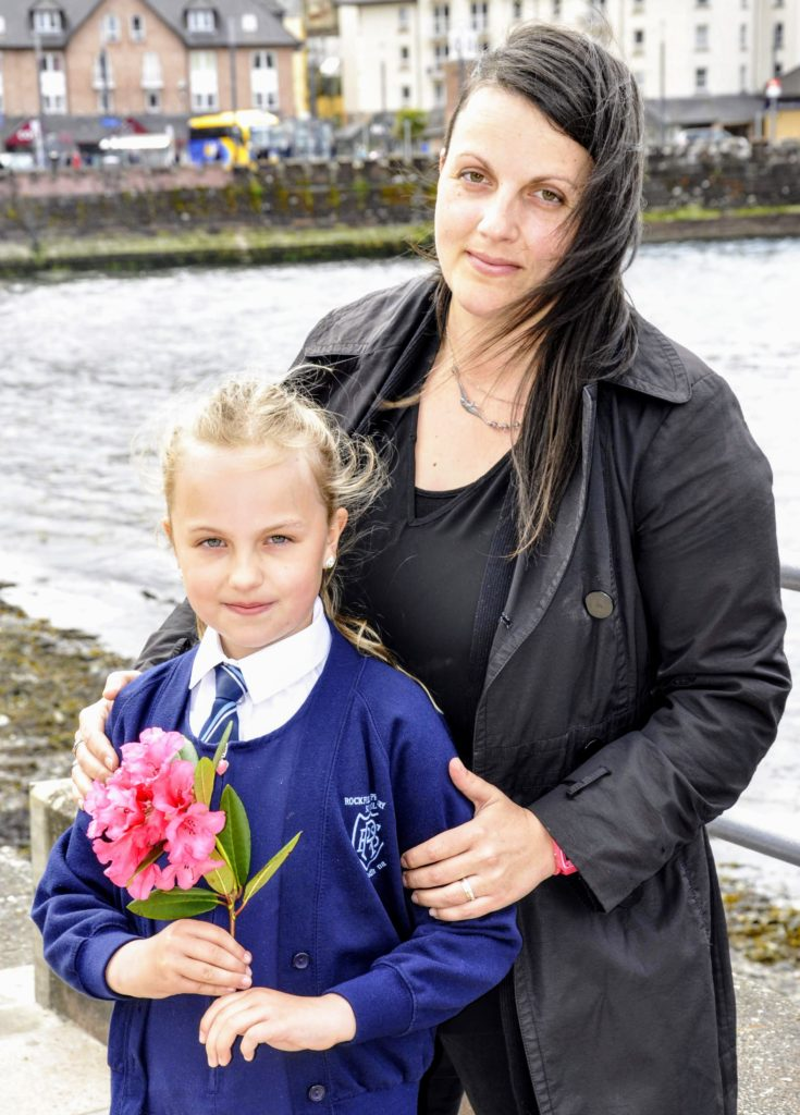 Annelie Murphy, eight, with mum Anja