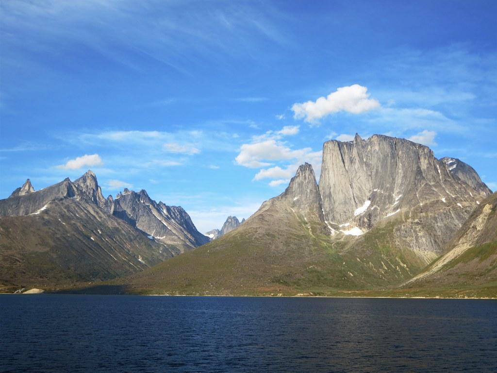 Ulamertorsuaq and Ketil mountains.