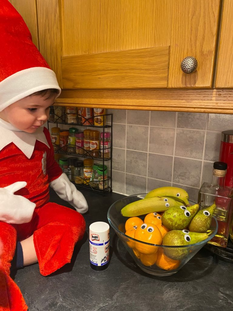 Here's looking at you, Finn the Elf has eyes on the fruit bowl