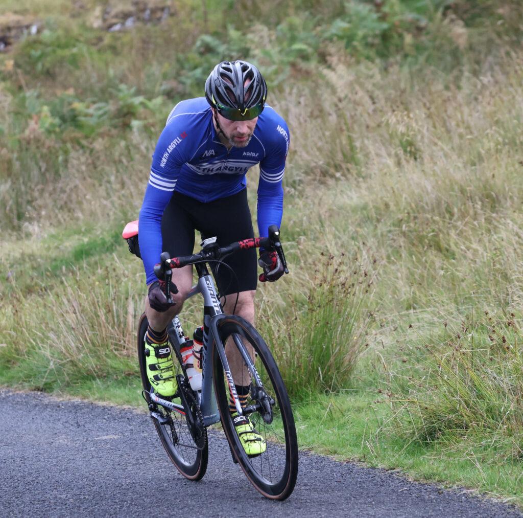 Gavin Blainey, always in the top ten of finishers, powers through Glen Lonan. Photograph: Kevin McGlynn