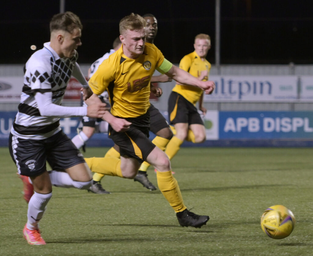 Fort Captain, Aidan Taylor rockets towards the East Stirlingshire goal in one his many attempts to score. Photograph: Iain Ferguson, alba.photos.