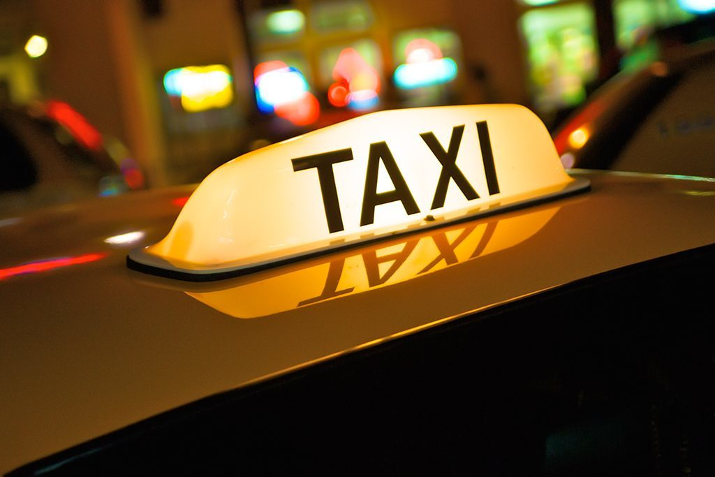 Council review into taxi fares to go ahead