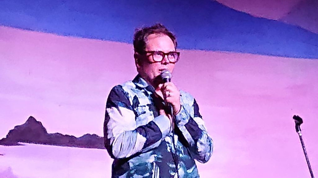 Alan Carr cracks up audiences in Fort and Glenuig