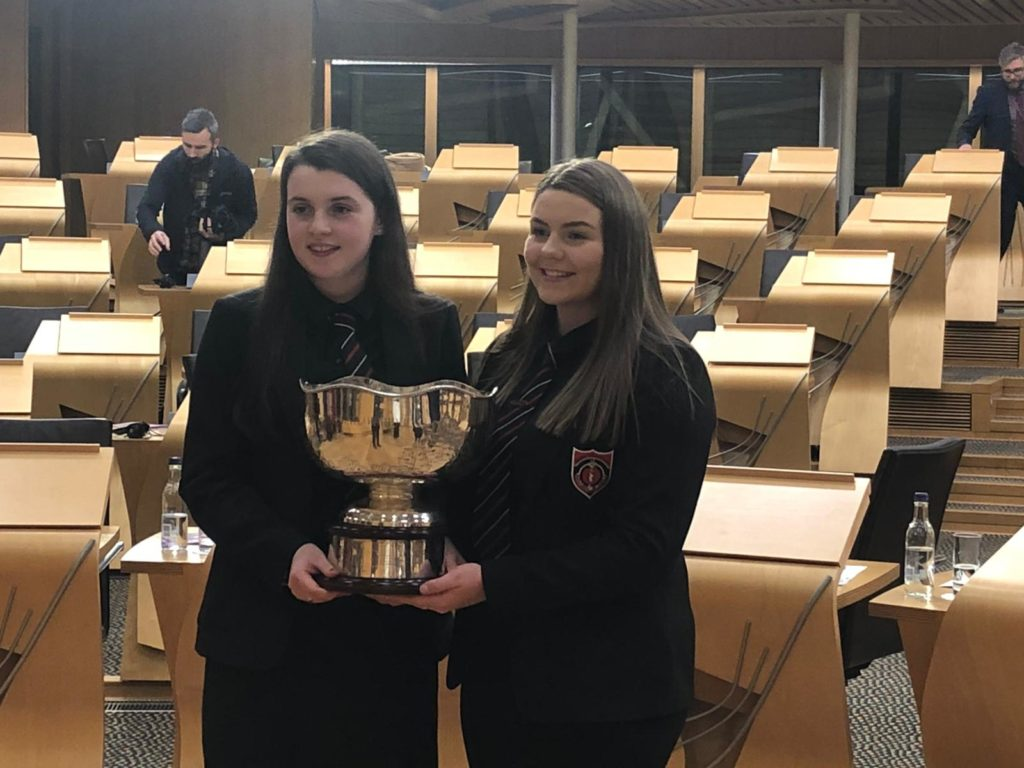 The 2019 winners, Joanne and Marion from Sgoil Lionacleit. NO F50 winners SgoilLionacleit