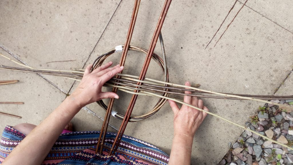NO F03 Weaving 4[1]