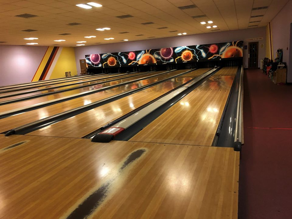 NO F46 Nevis Centre 10 pin bowling alley