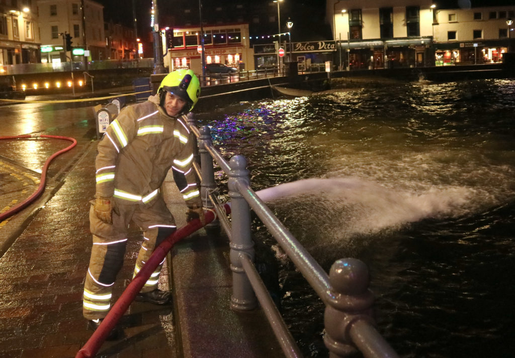 Oban restaurant floods as Storm Brendan brings gusts of up to 80mph