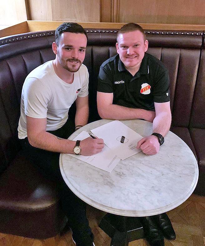Lochgilphead Red Star defender signs for Scandinavian football team