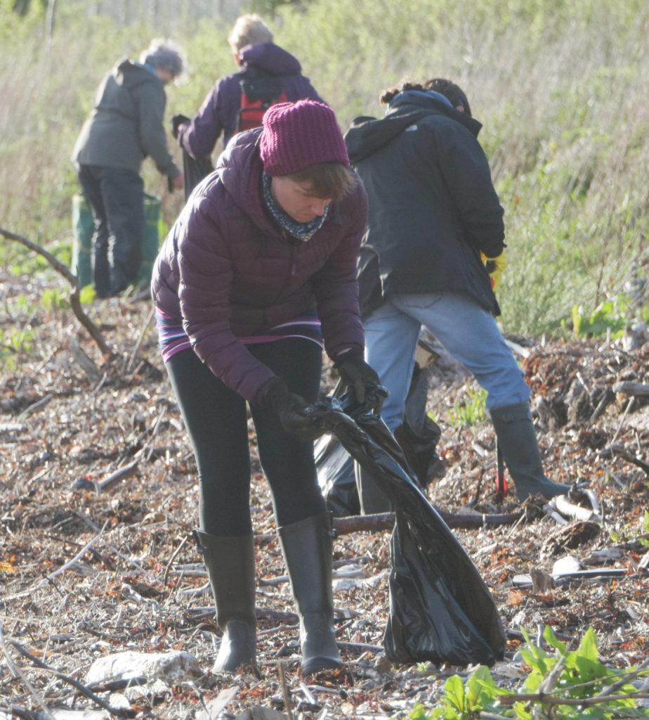 Village groups combine for Kinlochleven-wide litter-pick