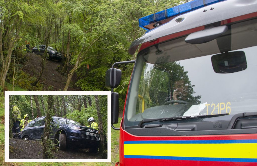 Emergency services called after car comes off Cow Hill footpath